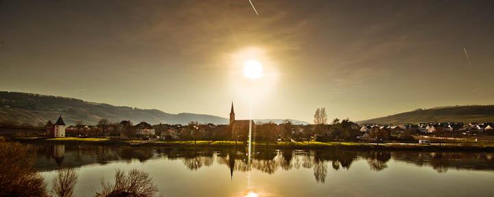 Sonnenuntergang über Trittenheim
